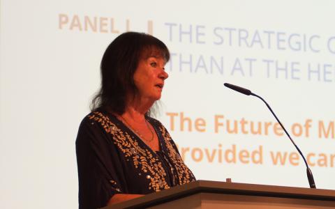 Helga Zepp-LaRouche: L'avenir de l'homme sera merveilleux, pourvu qu'on lui évite le destin des dinosaures