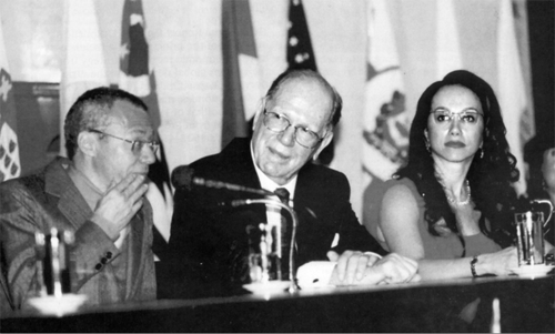 Lyndon LaRouche appears before the Sao Paulo City Council to receive an honorary citizenship during a trip to Brazil in June 2002