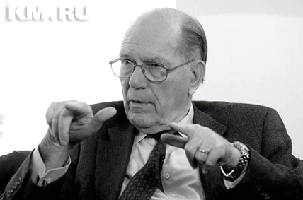 Lyndon LaRouche was interviewed by numerous Russian-language media during his trip to Moscow