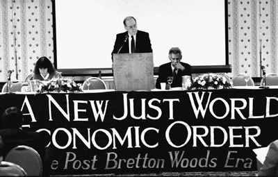 Lyndon LaRouche addresses Schiller Institute conference 'A New Just World Economic Order' held in Bretton Woods, New Hampshire in January 1988