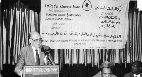 LaRouche delivers keynote speech in Khartoum on the New Bretton Woods and the New International Economic Order.