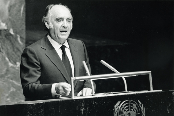 President López Portillo of Mexico addresses the United Nations, saying that failure to create a New International Economic Order could result in a New Dark Age